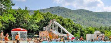 Campings avec piscine à Port-Grimaud : le top 3